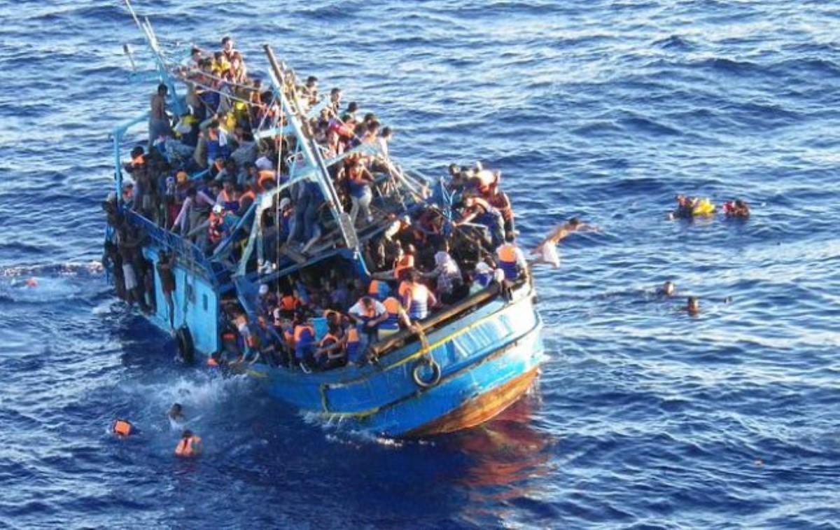 НаЛесбосе ситуация сбеженцами выходит из-под контроля