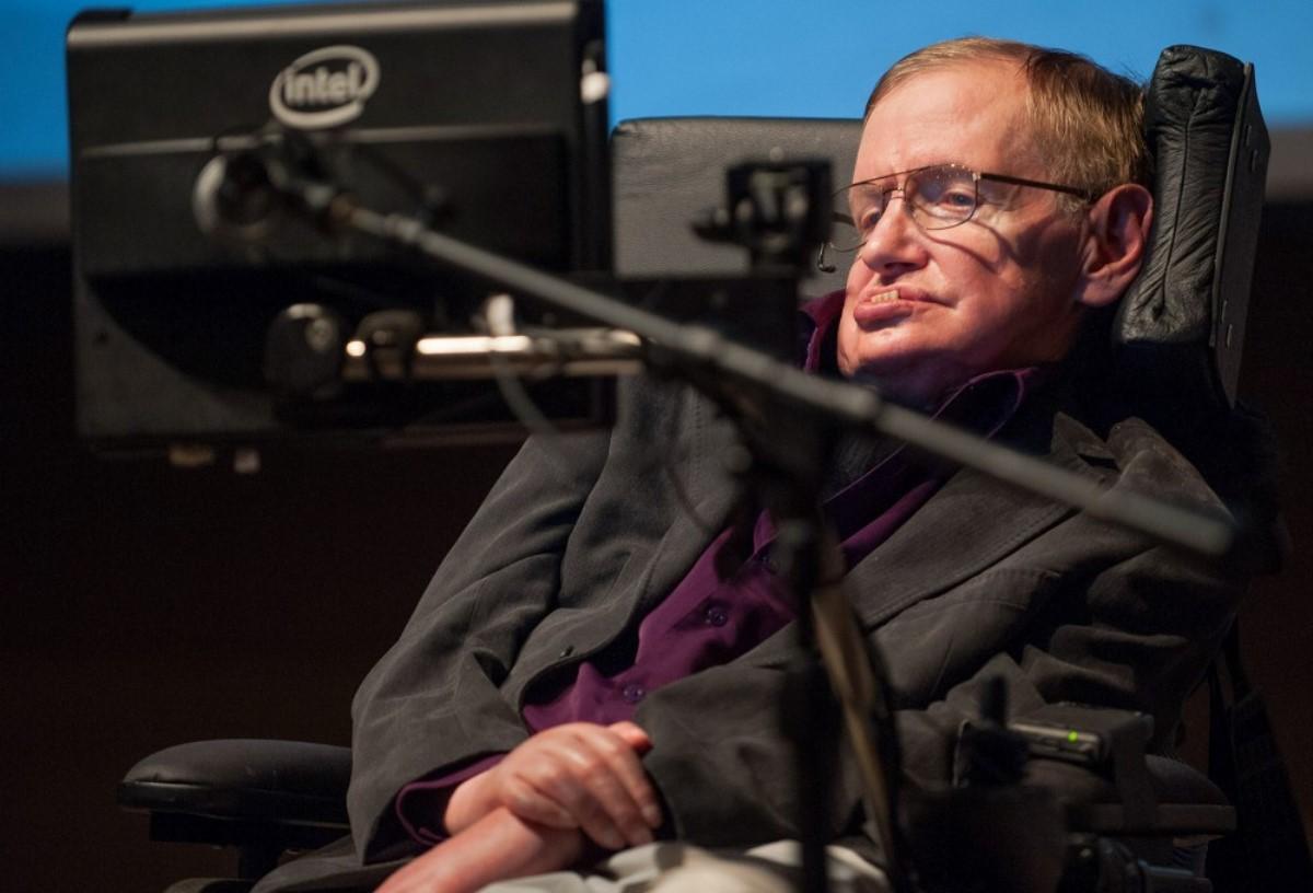 Стивен Хокинг рассказал, как будет уничтожено человечество