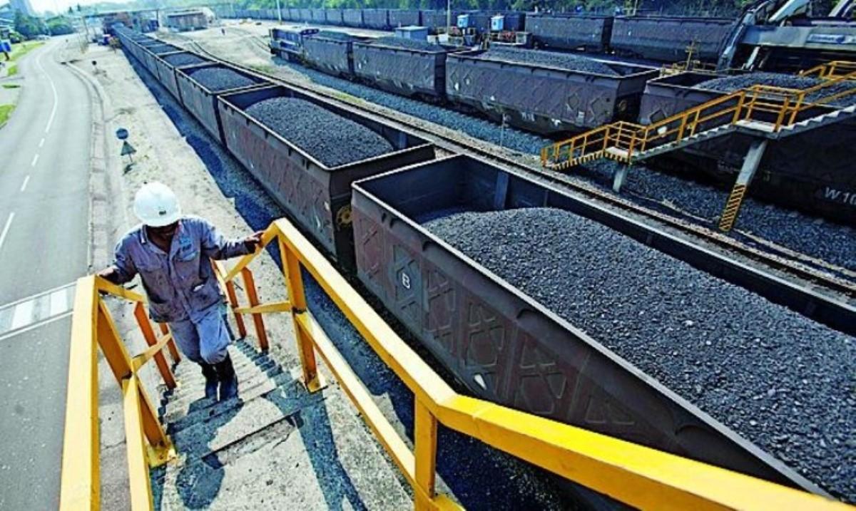 Украина небудет «закупать» южнофриканский уголь в2015г.