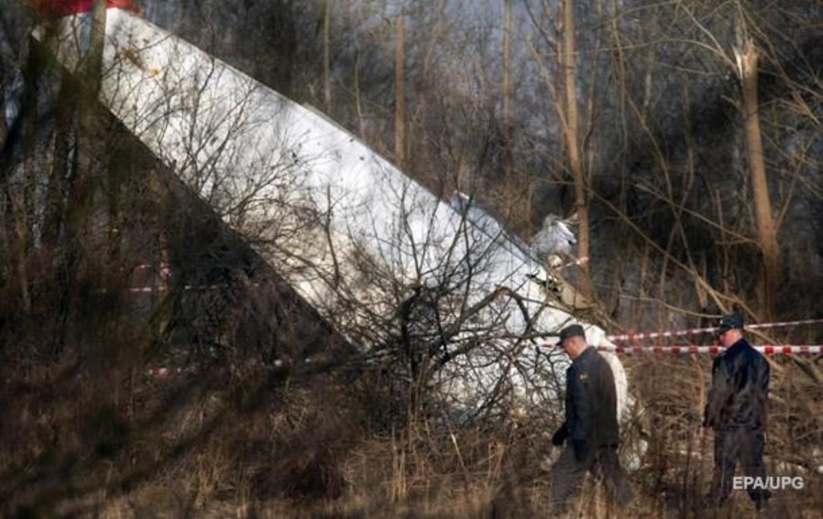 Комиссия: Ту-154 Качиньского начал рушиться ввоздухе