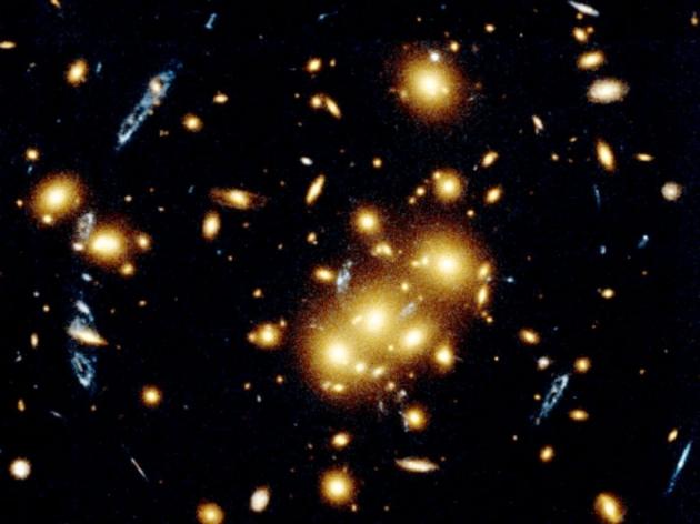 Астрономы сообщили оботкрытии древнего кластера галактик воВселенной