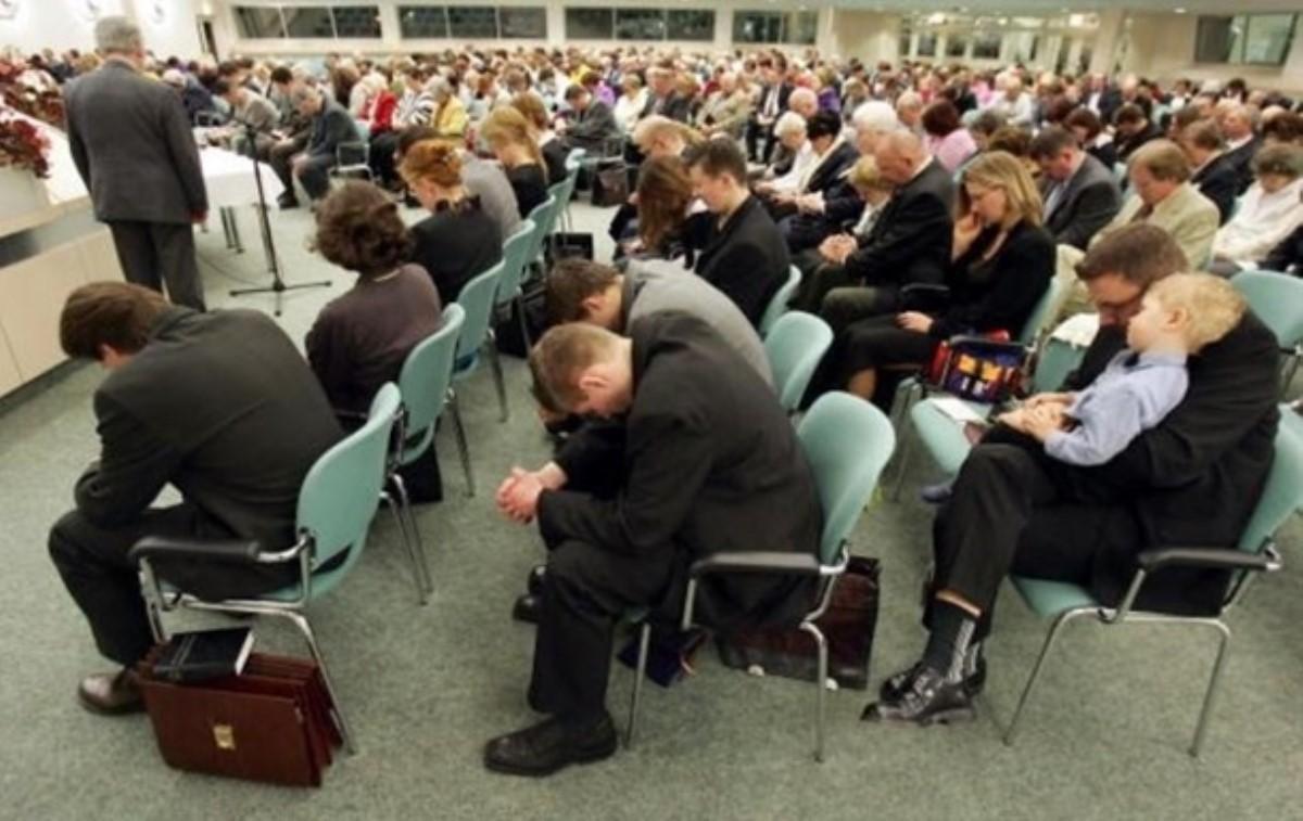 В РФ  запретили Свидетелей Иеговы