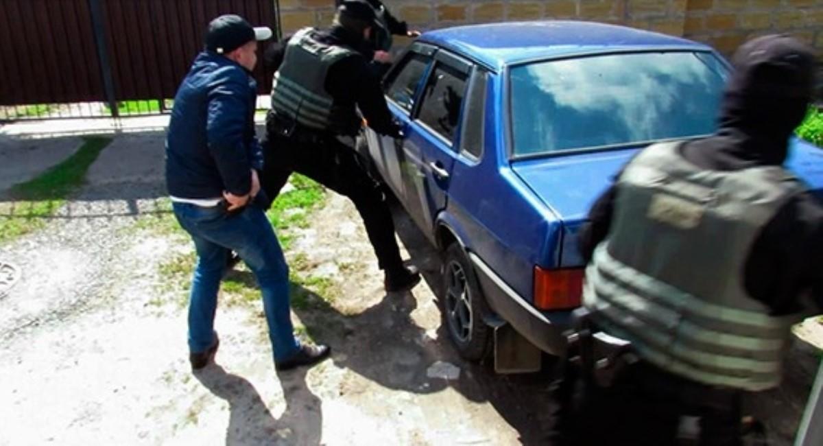 Мошенники сняли более десяти миллионов скарточек украинцев