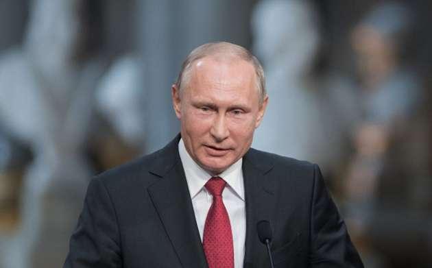 Путин поведал освоем неоднозначном отношении кСталину
