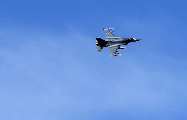 Российский Су-27 сблизился с самолетом-разведчиком США на пять футов над Балтийским морем — Fox News