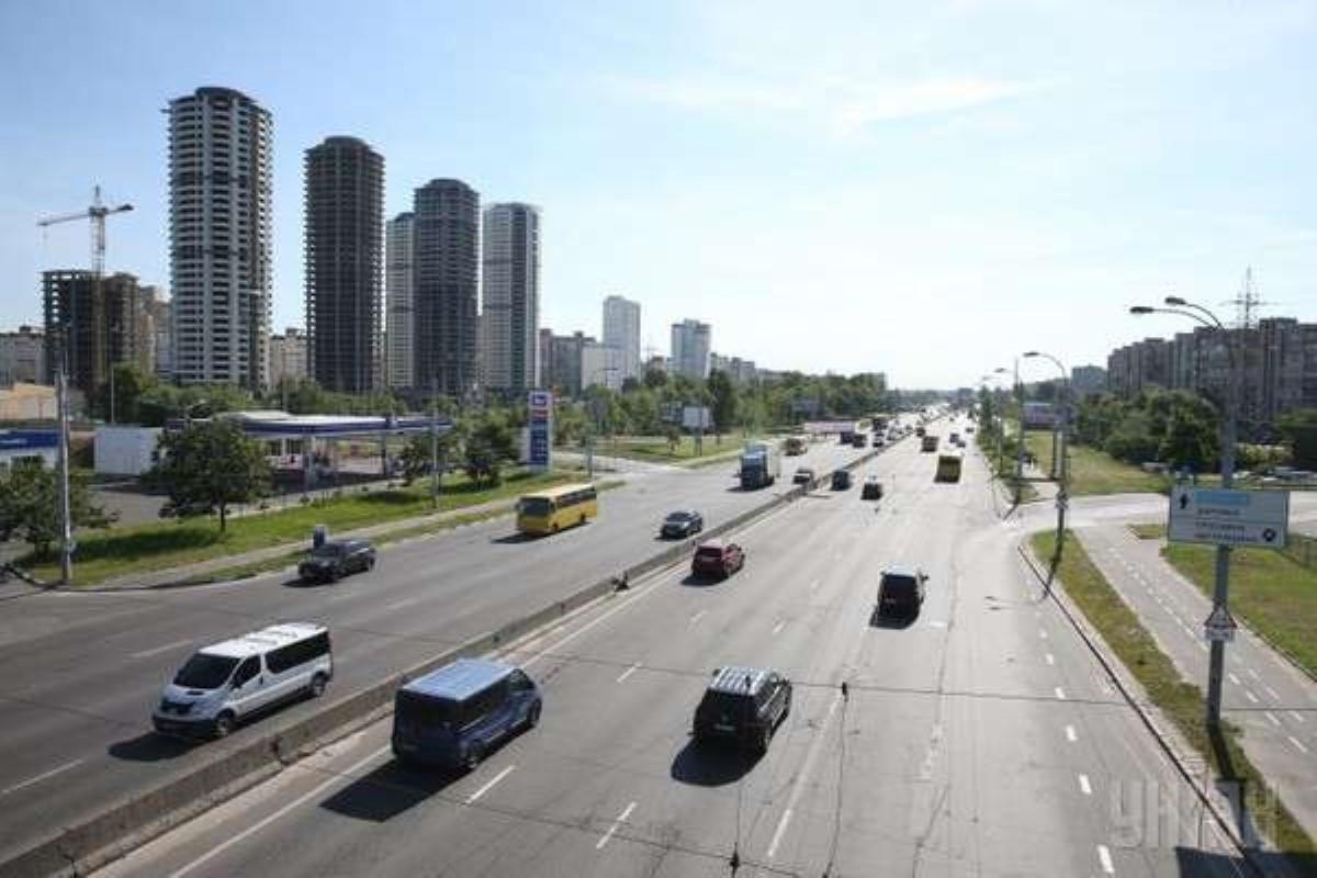 Цивилизованная часть украинской столицы восстала против проспекта Шухевича