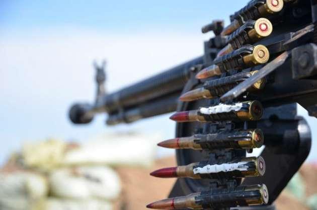 Штаб: Боевики обстреляли изминометов позиции около Троицкого вЛуганской обл