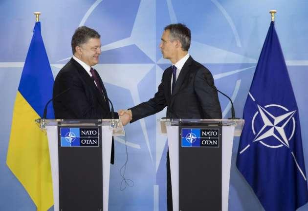 Корреспондент  Forbes: Украина будет  огромной черной дырой вНАТО