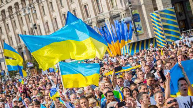 Украинцев вконце лета ждет 4 выходных подряд