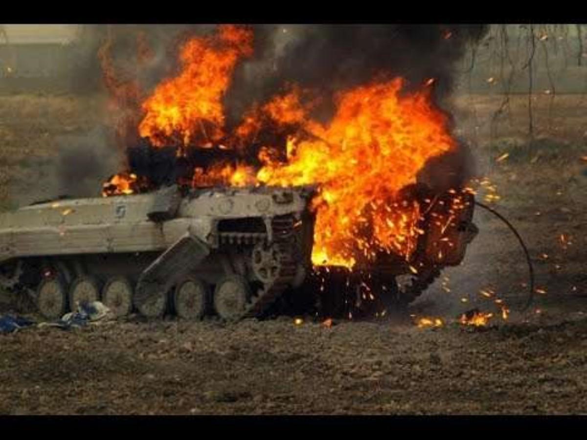 Украинские бойцы уничтожили БМП врага— волонтер