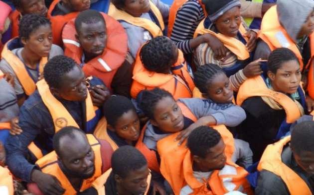 Перевозчик специально утопил около 50 мигрантов-подростков