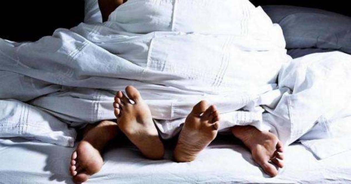 1505417815 nogi Брак снекрасивым мужчиной назвали неменее счастливым