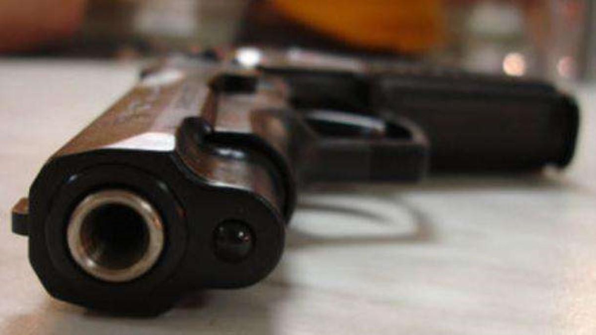 НаЛьвовщине вовремя несения караула застрелился военный