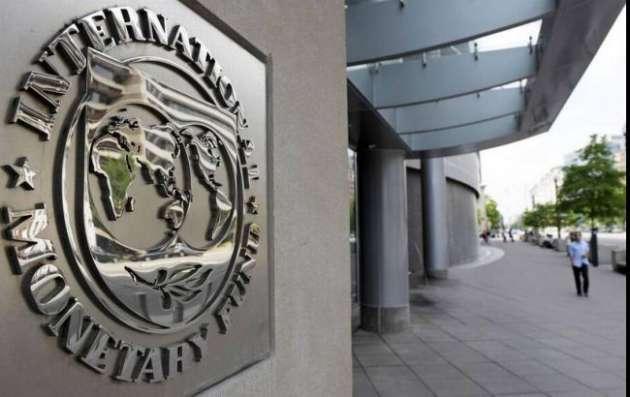 МВФ может выделить Украине два транша доконца года— Данилюк