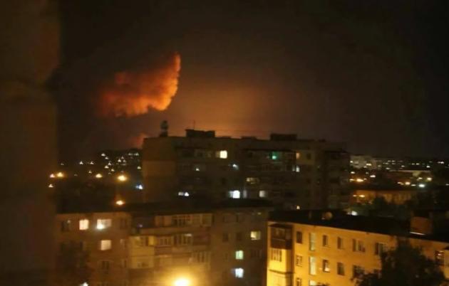 Граждане украинской столицы ипригорода докладывают озвуках, сходных навзрывы