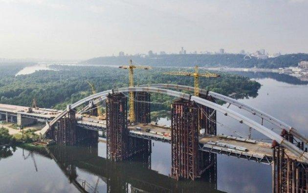 Киевсовет выделил для моста наТроещину еще 402 млн.