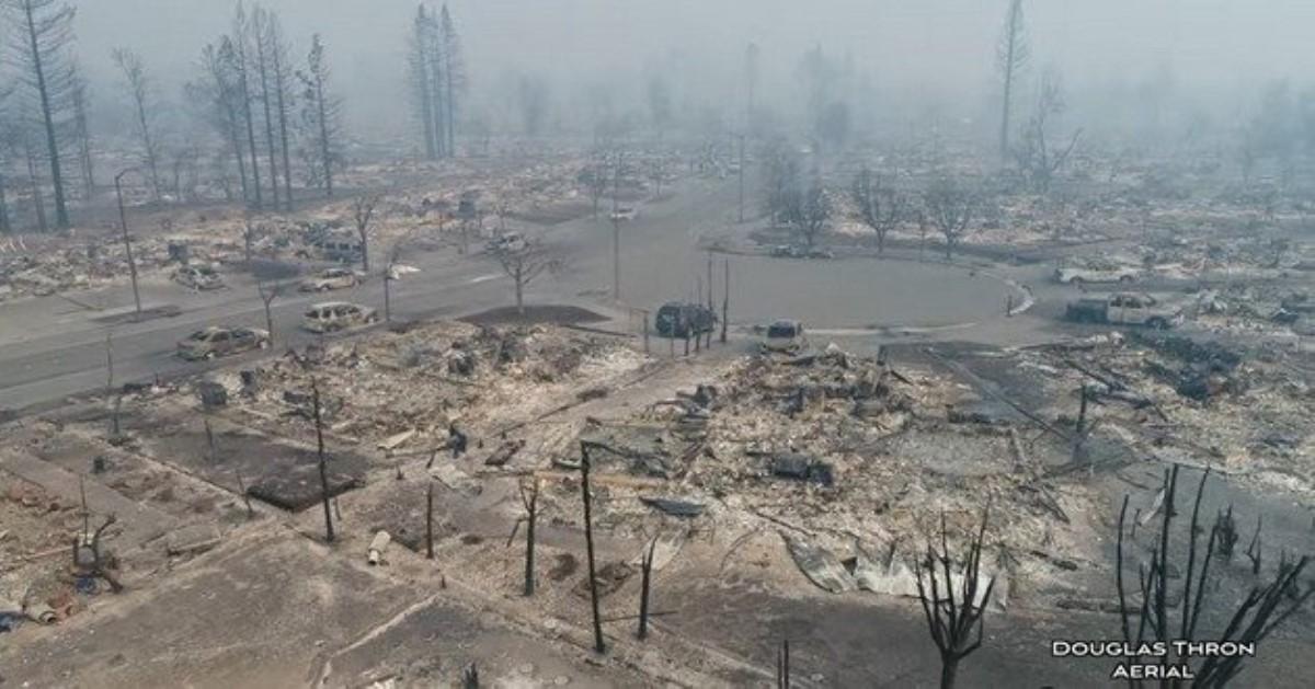 Число жертв пожаров в Калифорнии достигло 13