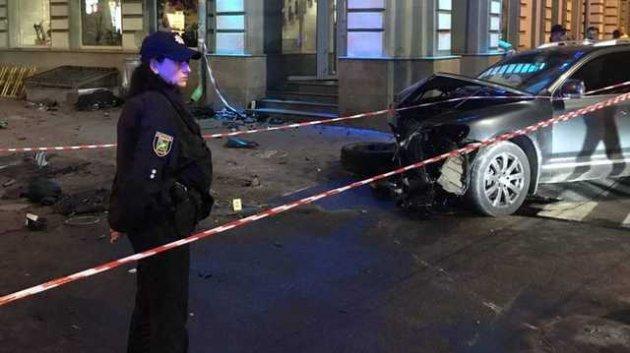 Lexus вылетел «изниоткуда». Второй участник ДТП вХарькове сделал громкое заявление