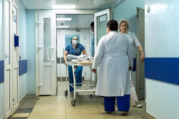 ВоЛьвове госпитализировали 5 детей сменингитом