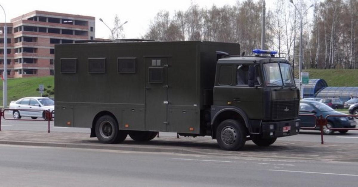 Ваннексированном Севастополе детям провели экскурсию в… автозак