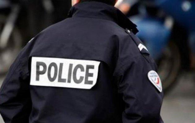 ВоФранции полицейский застрелил 3-х человек