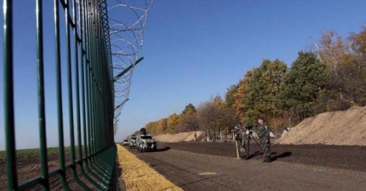 Польша построит забор награнице с государством Украина : названа причина