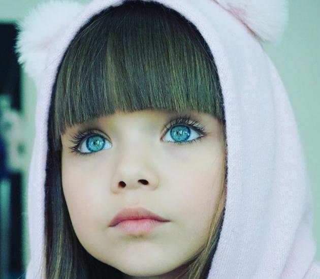 Самая сексуальная маленькая девочка в мире