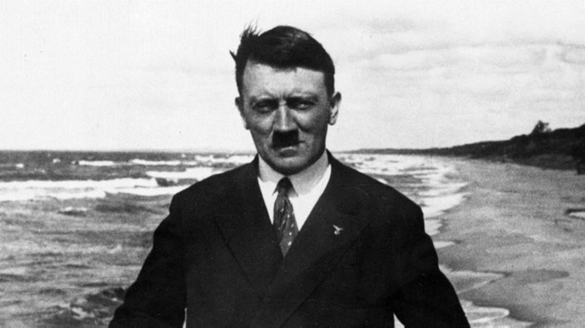 ВПольше расследуют празднование общественниками дня рождения Гитлера
