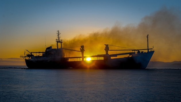 МИД: Украинцы сарестованного вСирии судна возвращаются домой