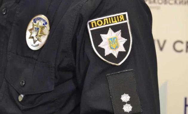 Запорожские патрульные избивали водителя, удерживая нахолоде 6 часов