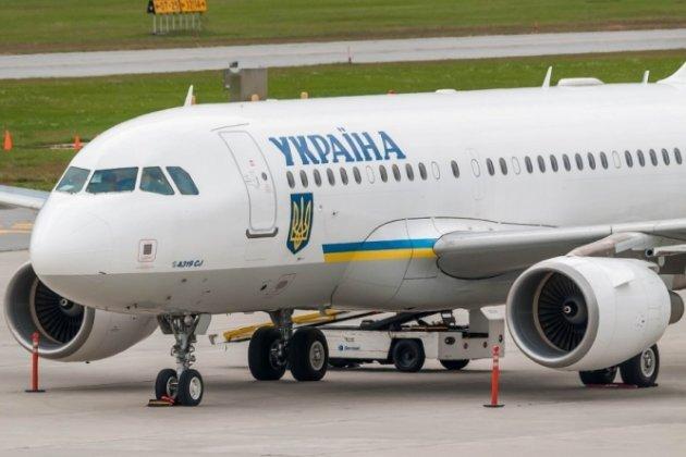 АП: Подписан закон одопуске иностранных военных для учений вгосударстве Украина