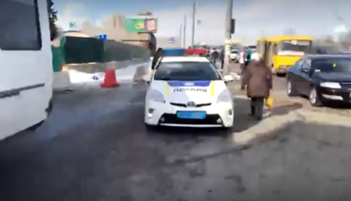 Милиция отпустила сбазы «Нацкорпуса» наАТЕК полсотни активистов