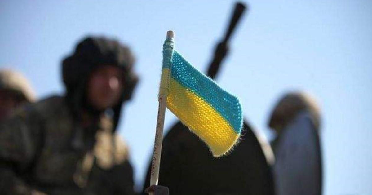 Численность украинских войск наДонбассе зависит от последующего развития ситуации,— Полторак
