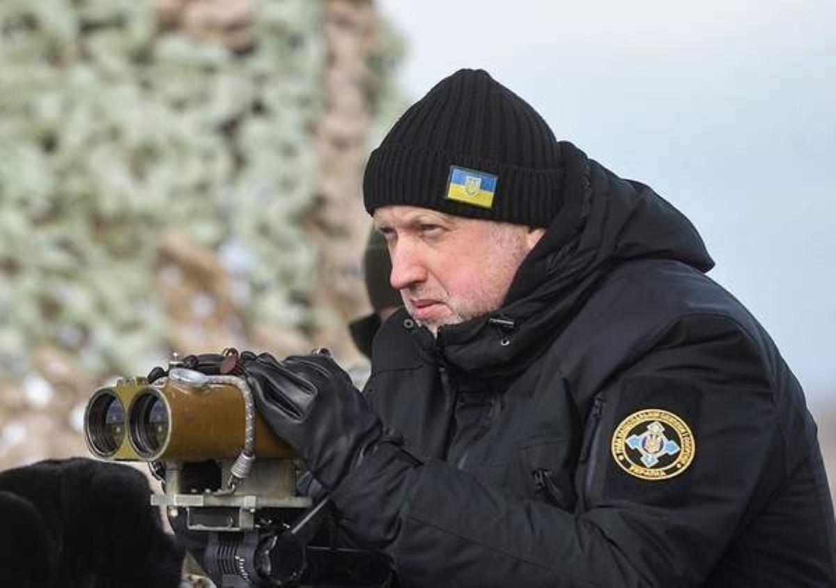 Наступление России наУкраину может начаться влюбое время— СНБО