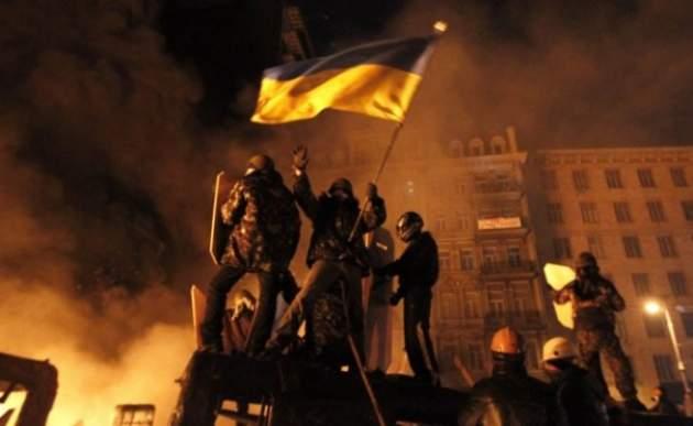 Минобороны Сербии заявило, что вгосударстве  пробуют  повторить украинский Майдан