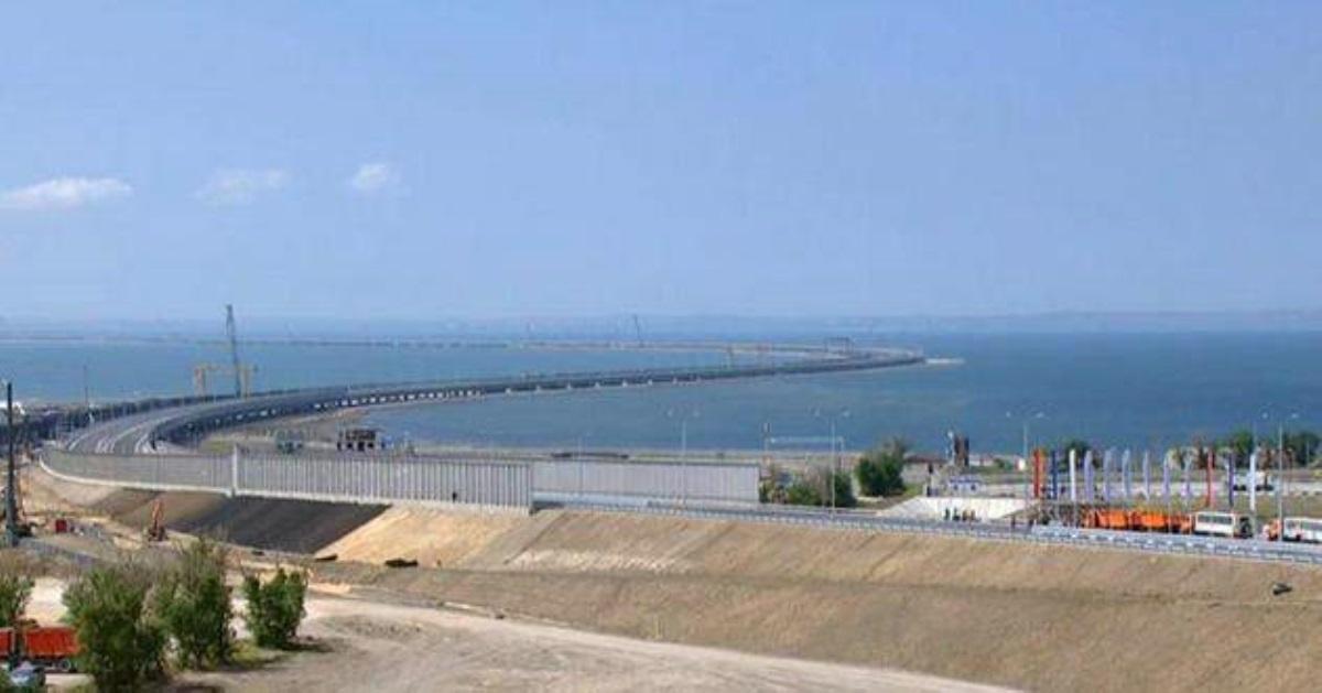Керченский мост начал разваливаться (Видео)