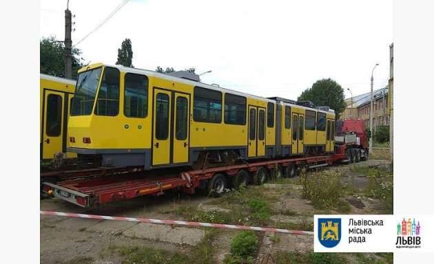 ВоЛьвов завезли первые старые трамваи изГермании по €800 тыс.