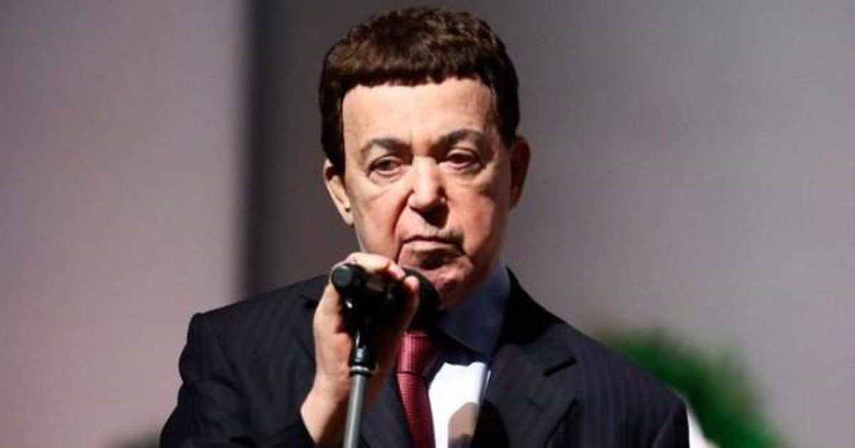 Украинский автор поведал о«блокноте хороших дел» Кобзона