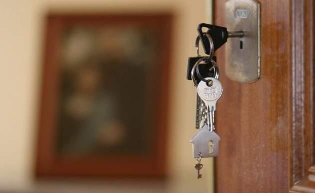 Порошенко отдал приказ  стрелять вДонбассе напоражение «ради жизни людей»