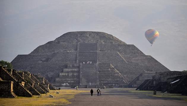 Под древней пирамидой вМексике отыскали  тоннель «внижний мир»