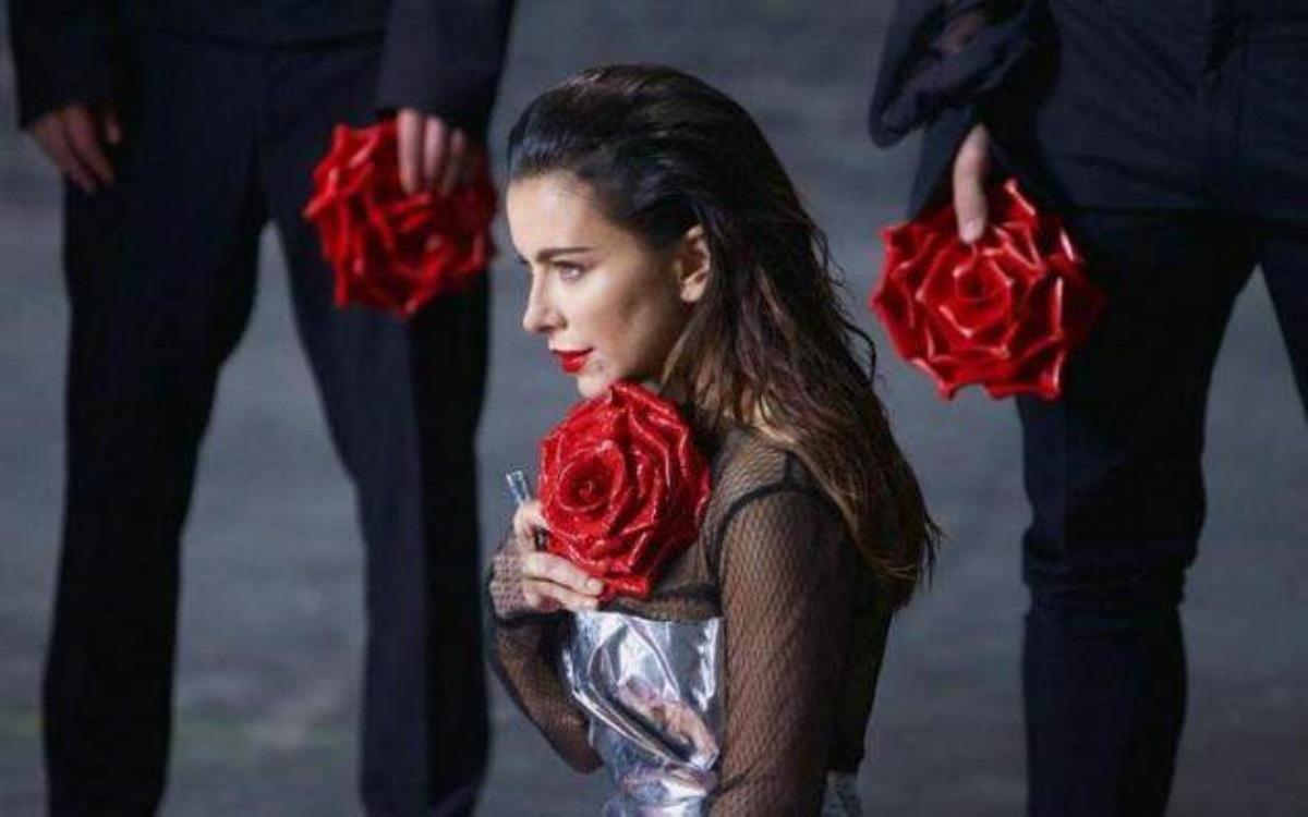 Ани Лорак вобразе египетской царицы