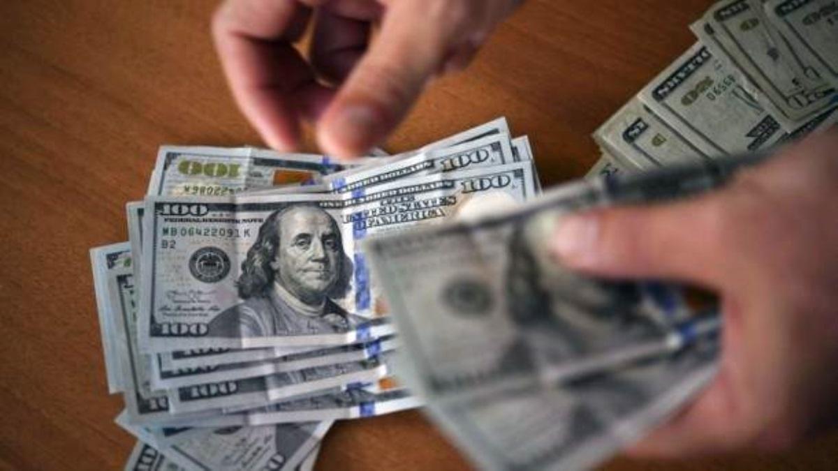 Курс валют на14марта: доллар иевро стремительно увеличились