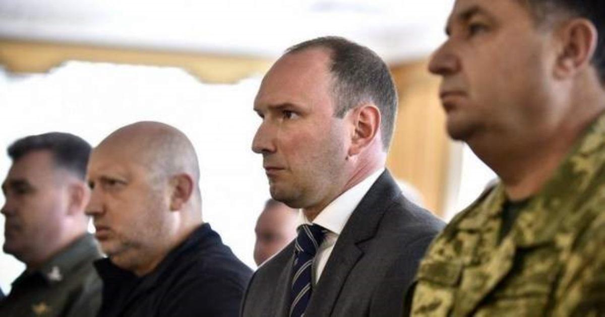Порошенко отправил вотставку руководителя внешней разведки государства Украины