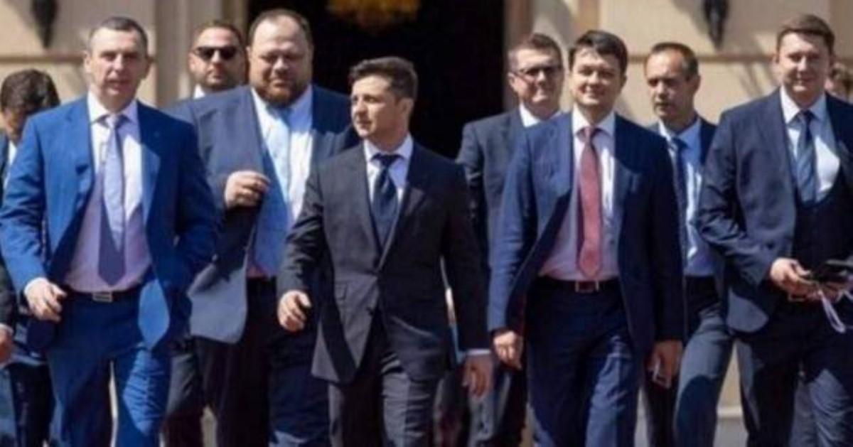 Украинцы предъявили ультиматум президенту Зеленскому запервые 100 дней президентства