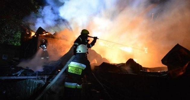 Взрыв газа в многоэтажке под Киевом: есть погибший и пострадавшие
