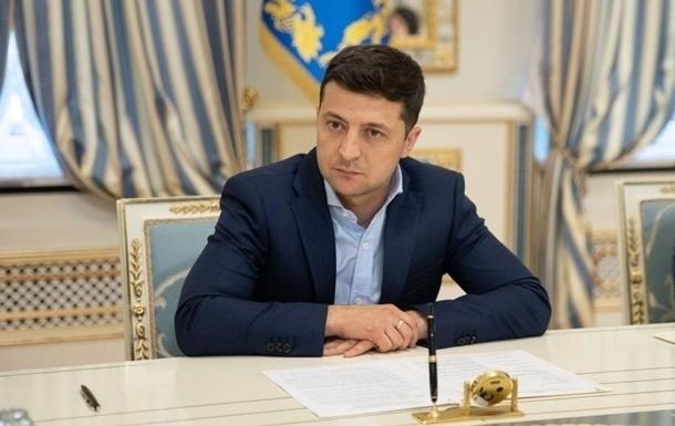 Зеленский требует быстро установить причины взрыва под Киевом
