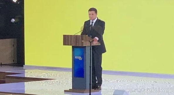 Парады не только в Киеве: Зеленский рассказал о 3-дневном праздновании 30-летия Независимости